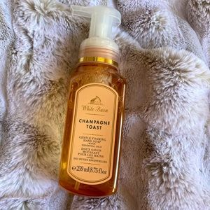 Bath and Body Works Champagne Toast Hand Soap